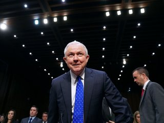 Sessions questioned about Russian contacts