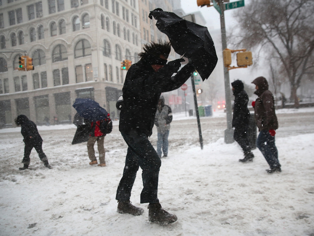 Snow increases as storm hits United States northeast