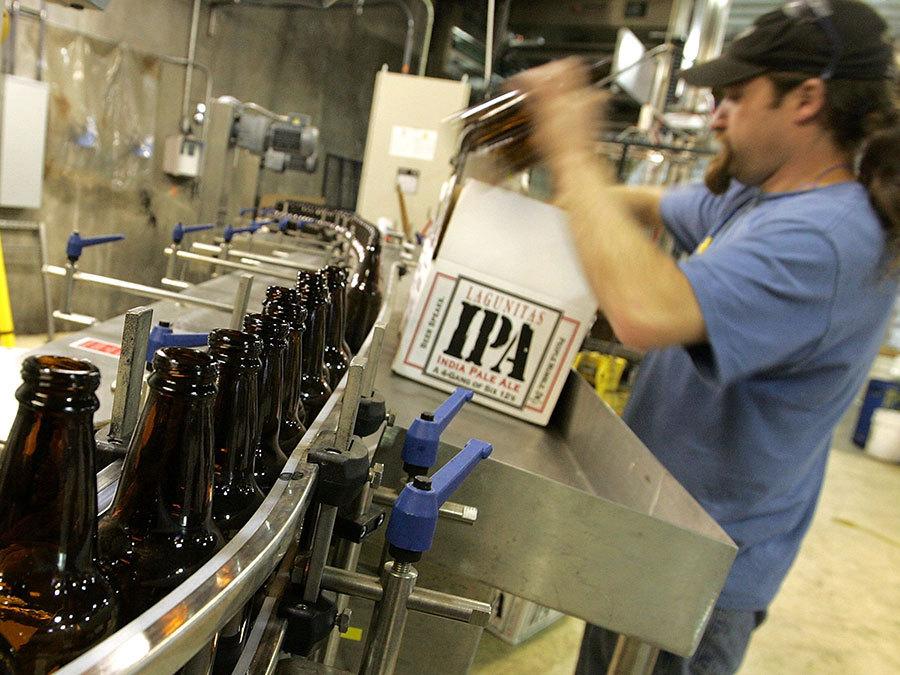 FDA requiring nutrition labels on craft beer; Deadline next December