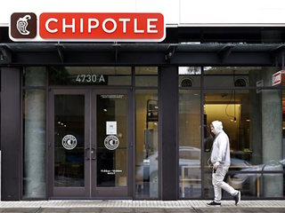Chipotle store closes on norovirus fears