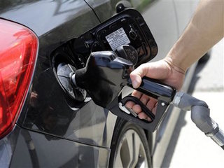Gasoline prices jump 9 cents a gallon in Colo.