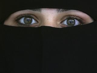 Muslim women rebut David Cameron's comments