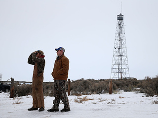 Four holdouts remain in Oregon standoff