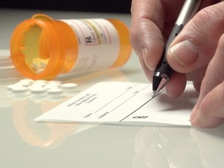 CDC trying to curb painkiller overdoses