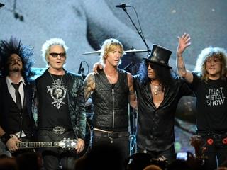 Guns N' Roses reunite for surprise show