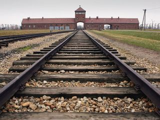 Former Auschwitz guard sentenced to 5 years