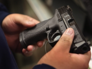 Colo. students to stage pro-gun walkouts