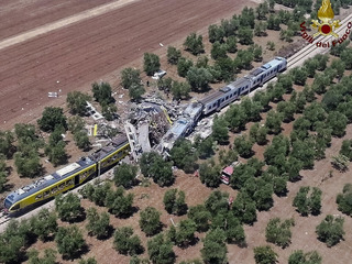 Train collision kills at least 22 in Italy