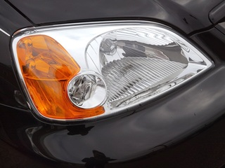 Some Kia owners say headlights are haunted
