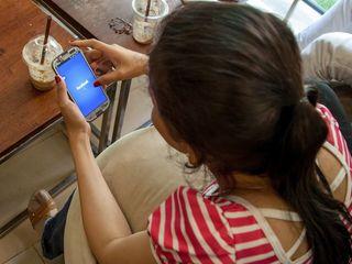 Facebook ad portal stirs discrimination concerns