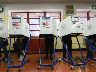 Women, 41-60 age group see highest Colo. turnout