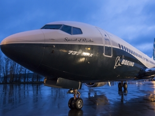 Iran questions Boeing's price on plane deal