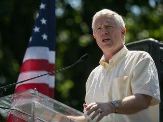 Congressman blames Dems for Sessions criticism