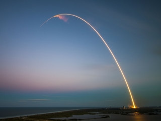 SpaceX wants to use only reusable rockets