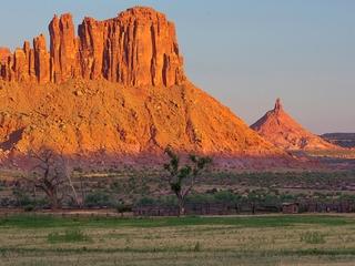 Trump announces scaling back of Utah monuments