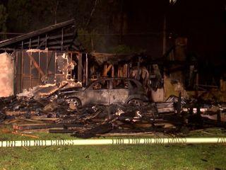 At least 3 dead in California plane crash