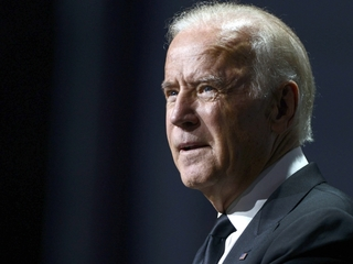 Biden pushes for collaborative cancer research