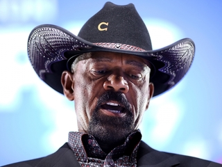 Milwaukee Sheriff Clarke takes DHS job