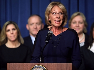 Devos compares school choice to phone carriers