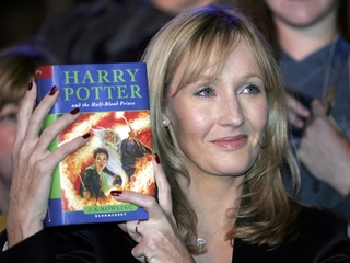 Police search for 'Harry Potter' prequel thief