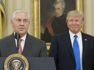 Trump, Tillerson take different tones on Qatar