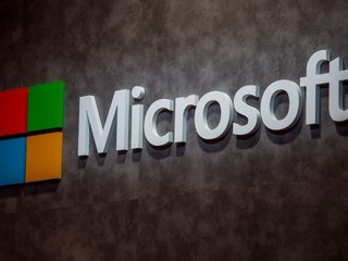 Microsoft works on developing cloud services