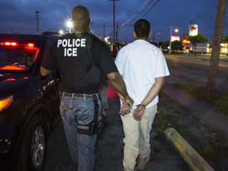Memo seeks to expand DHS deportation powers