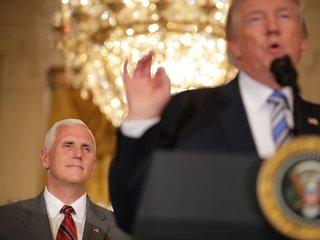 Pence backs Trump as other Republicans criticize