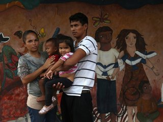 Trump cuts program for Central American minors