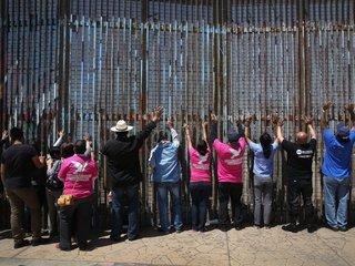 Trump threatens shutdown over border 'wall'