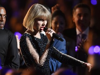 A Taylor Swift 'Look' video sets YouTube record