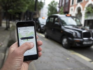 Uber changes controversial tracking feature