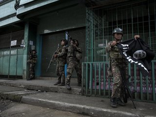 Should US help fight ISIS in the Philippines?