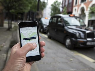London UberX to ditch non-electric cars by 2020
