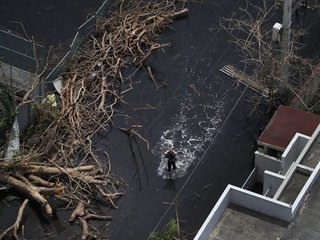 San Juan mayor begs for help for Puerto Rico
