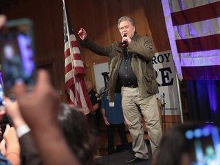 Steve Bannon preps candidates to challenge GOP