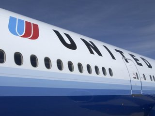 Officers fired after United dragging incident