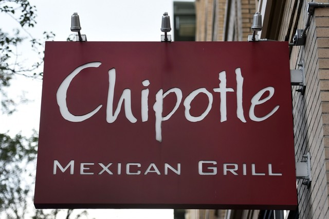 Chipotle to move headquarters out of Denver