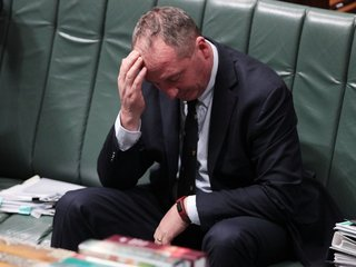 Australian lawmakers lose power over citizenship