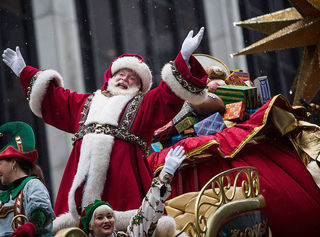 125 Macy's employees to sing in parade