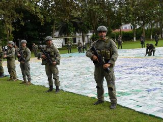 Colombia seizes 13.4 tons of cocaine in bust