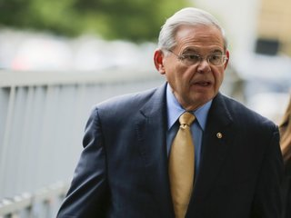 Sen. Bob Menendez now faces Senate ethics probe