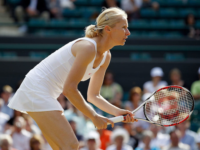 Jana Novotna, 1998 Wimbledon champion, dies at 49