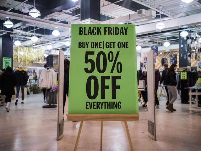on black friday 2017 americans spent a record 5 billion online in 24 hours denver7. Black Bedroom Furniture Sets. Home Design Ideas