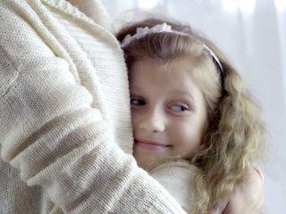 Organizations warn against forced hugs