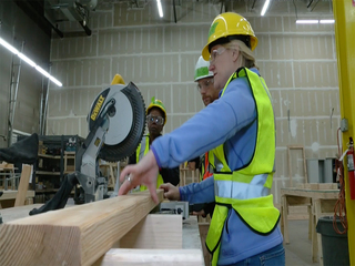 Homebuilder's academy fighting labor shortage
