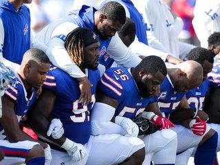 NFL offers big charity donation after protests