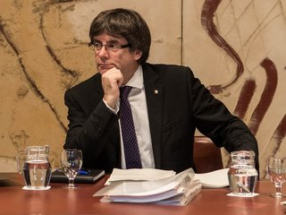 Judge withdraws Catalan arrest warrants