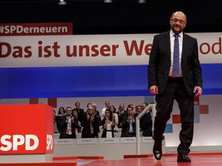 Schulz pushes for 'United States of Europe'