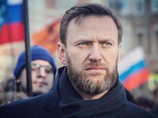 Navalny nominated to run against Putin